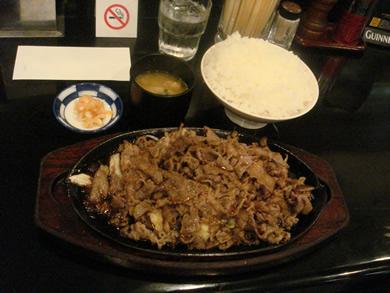 ちんやの焼肉定食.jpg