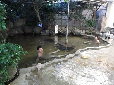 福岡 賃貸 11露天風呂.jpg